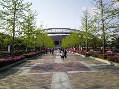 0501_hiroshima_bigarch02.JPG